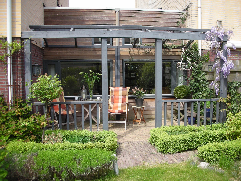 Romantische tuin ontwerp samen - Terras en pergola ...
